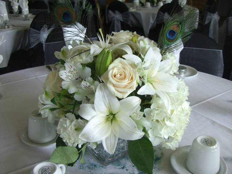 Decor rentals vancouver floral and flowers